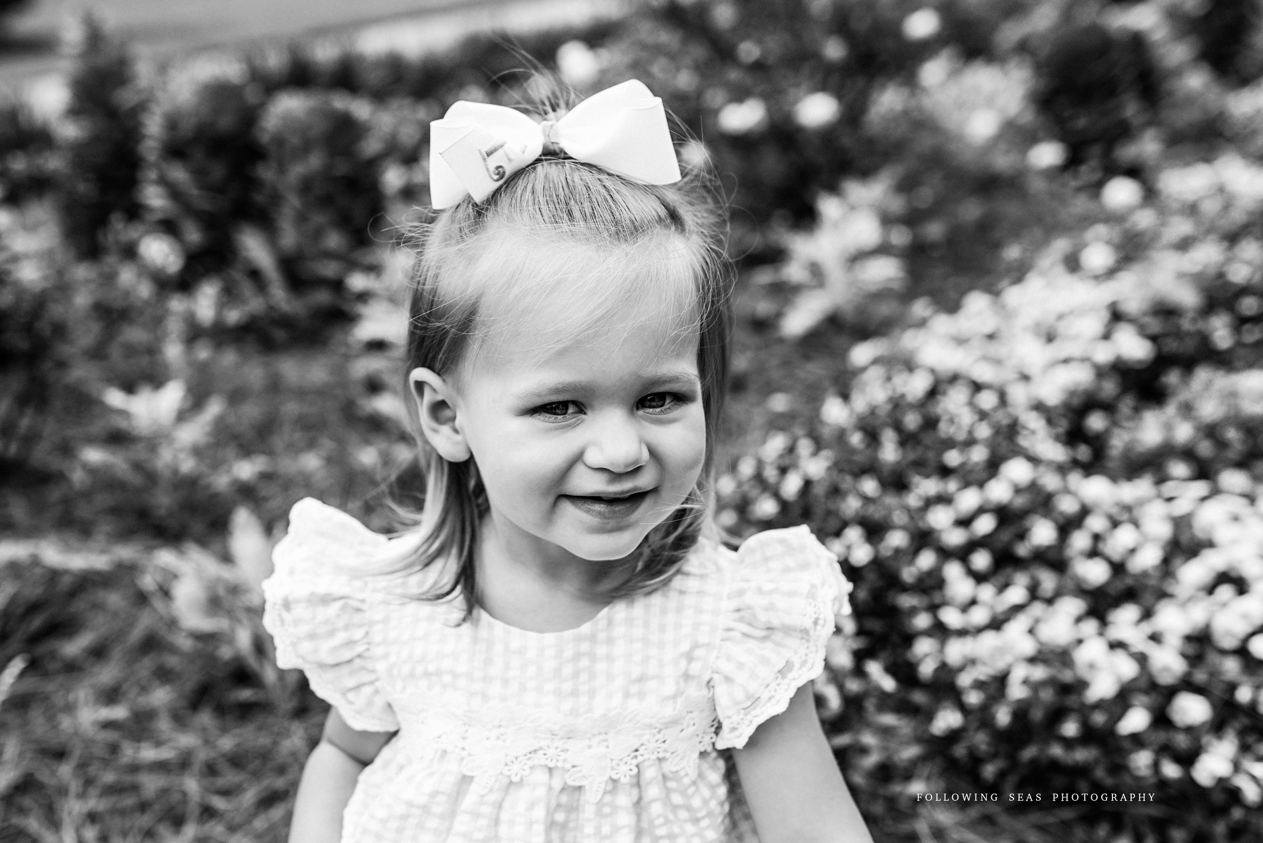 Charleston-Family-Photographer-Following-Seas-Photography-FSP_3455BW.jpg