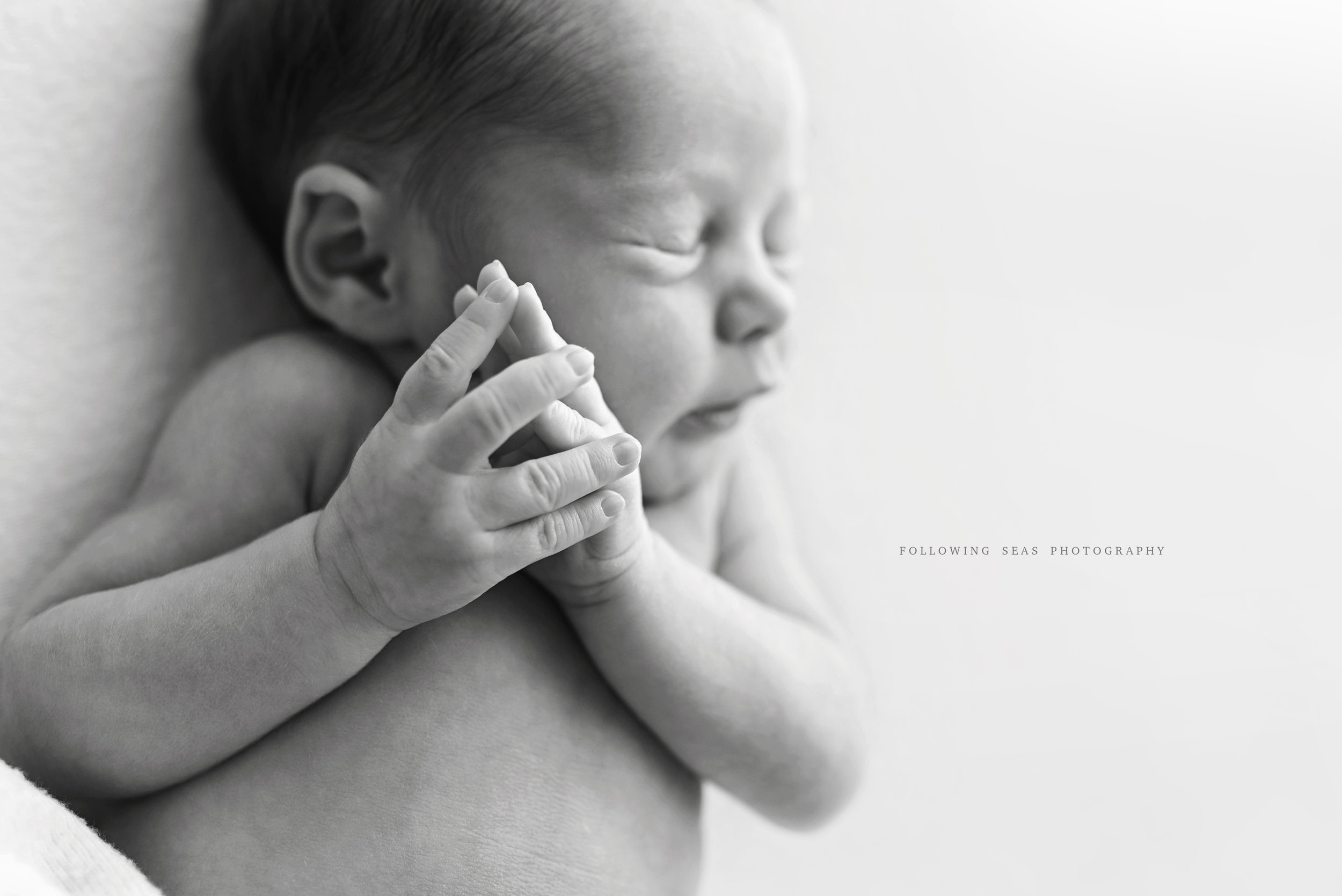 Charleston-Newborn-Photographer-Following-Seas-Photography-FSP_6998BW.jpg