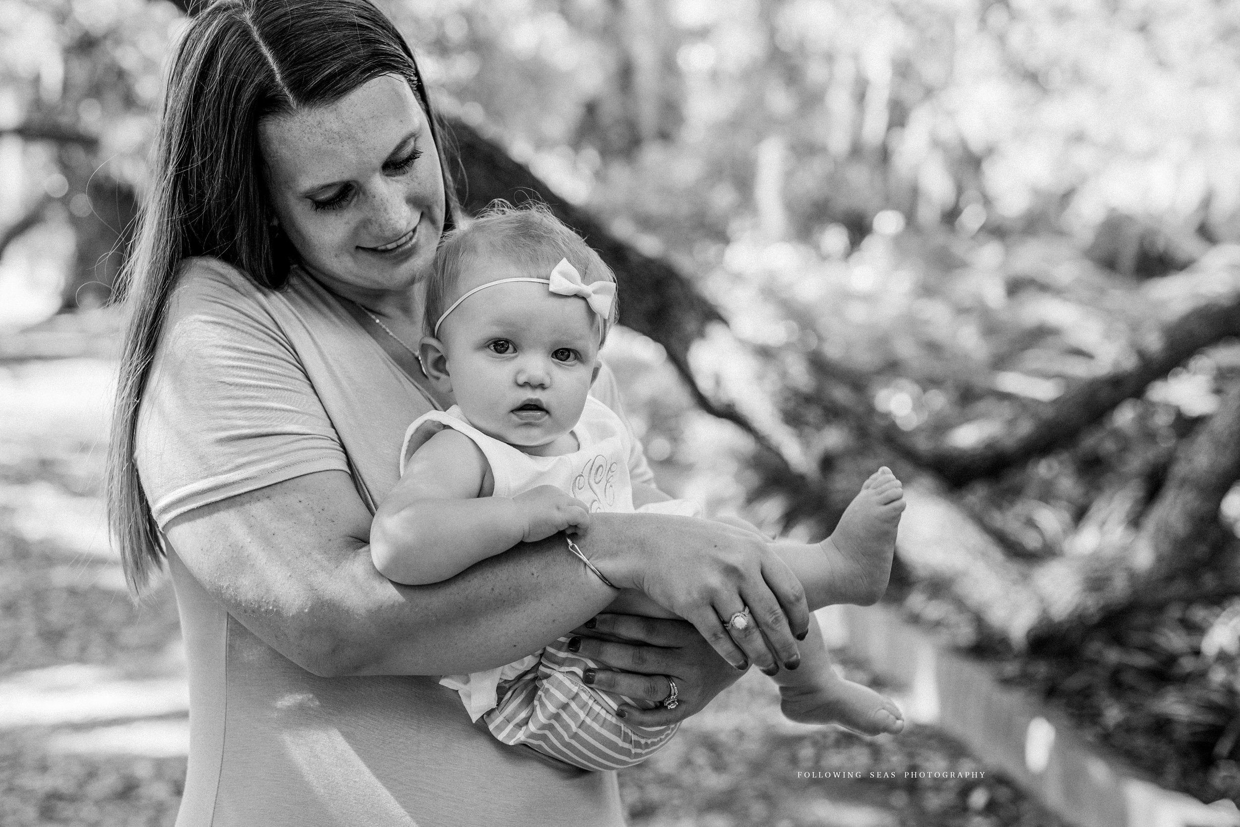 Charleston-Family-Photographer-Following-Seas-Photography-FSP_8514BW.jpg