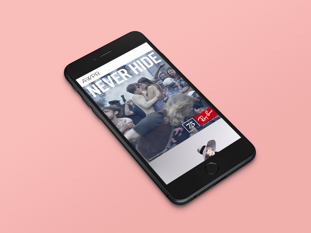 Vertically stacked display on mobile devices