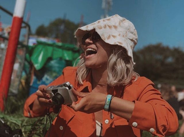 I'm back 🙌🏻 after an magical week in a field at Glastonbury, I have just about recovered. The struggle has been real this week. Here's a shot from last week in the sunshine, my friend caught me in action laughing at something 😆 in my @liomara_thelabel hat 🌞(Gifted) #glastonbury2019 #glastonburyfestival  #buckethats . . . . . #fblogger #fbloggersuk #manchesterblogger #northernmagpie #bloggerstyle #styleblogger  #discoverunder10k #dailyootd #stylediary #londonblogger #fbloggers #ootdpost  #ukblogger #outfitshot #ootdinspo #ootdbloggers #streetstyleblogger #whowhatwear #mystylediary #whatiamwearing #outfitgrid #fashiondiaries #fblogs #fbloggerstyle #stylesubmit #ootdlovers