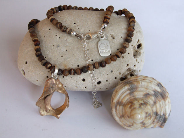 19 Fractal shell necklace with agate.jpg