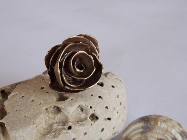 31 Rose ring.jpg