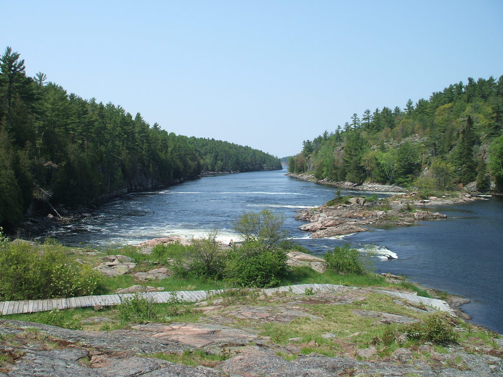 2007.05.23_09_Recollet_Falls_French_River_Ontario.jpg