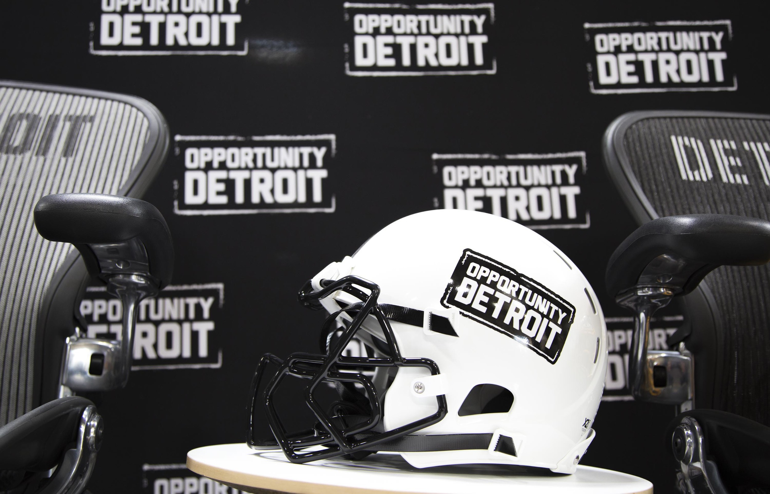 Stevie Soul OD Helmet.jpg