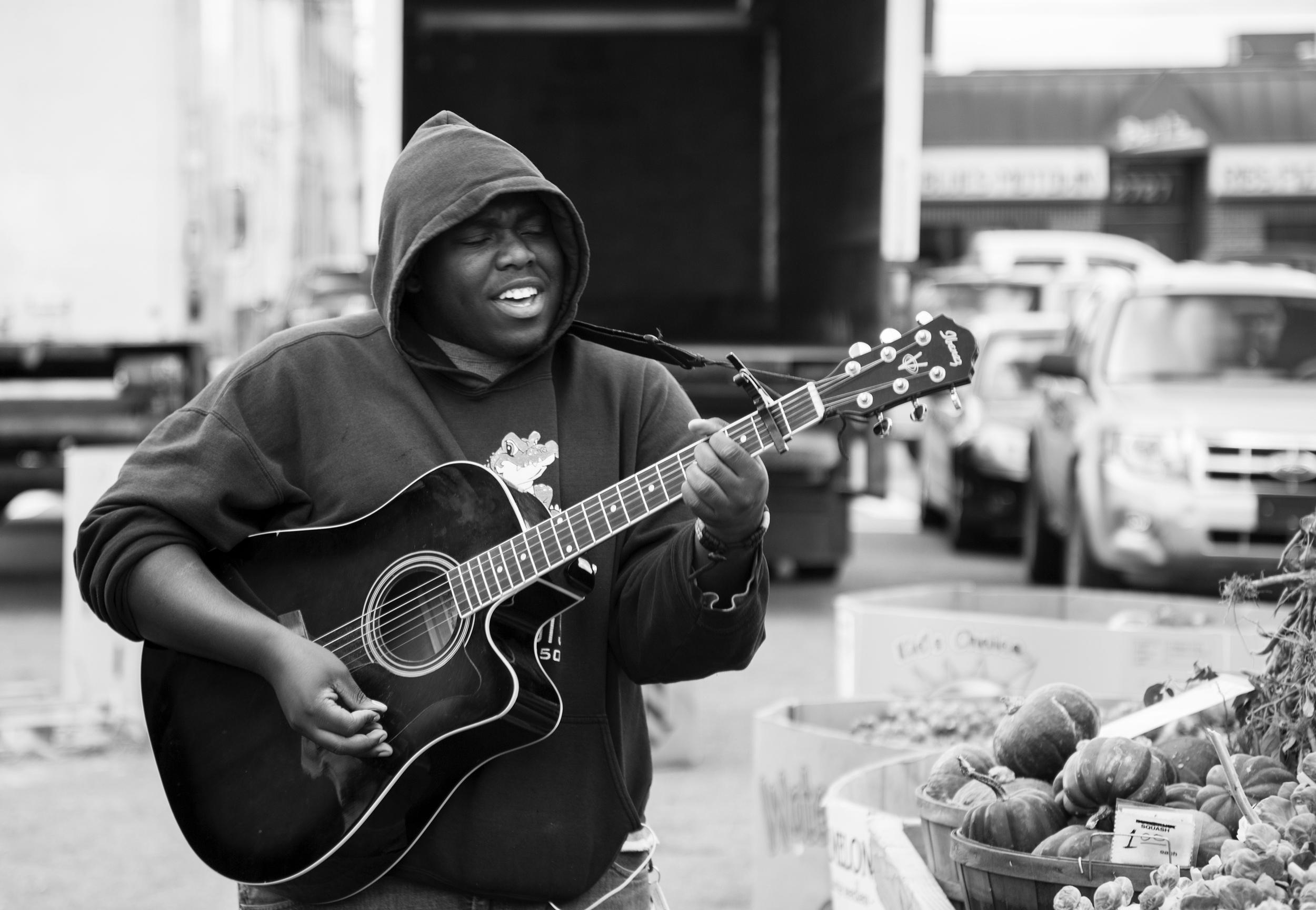 Stevie Soul PPL Watching Eastern Market-9.jpg