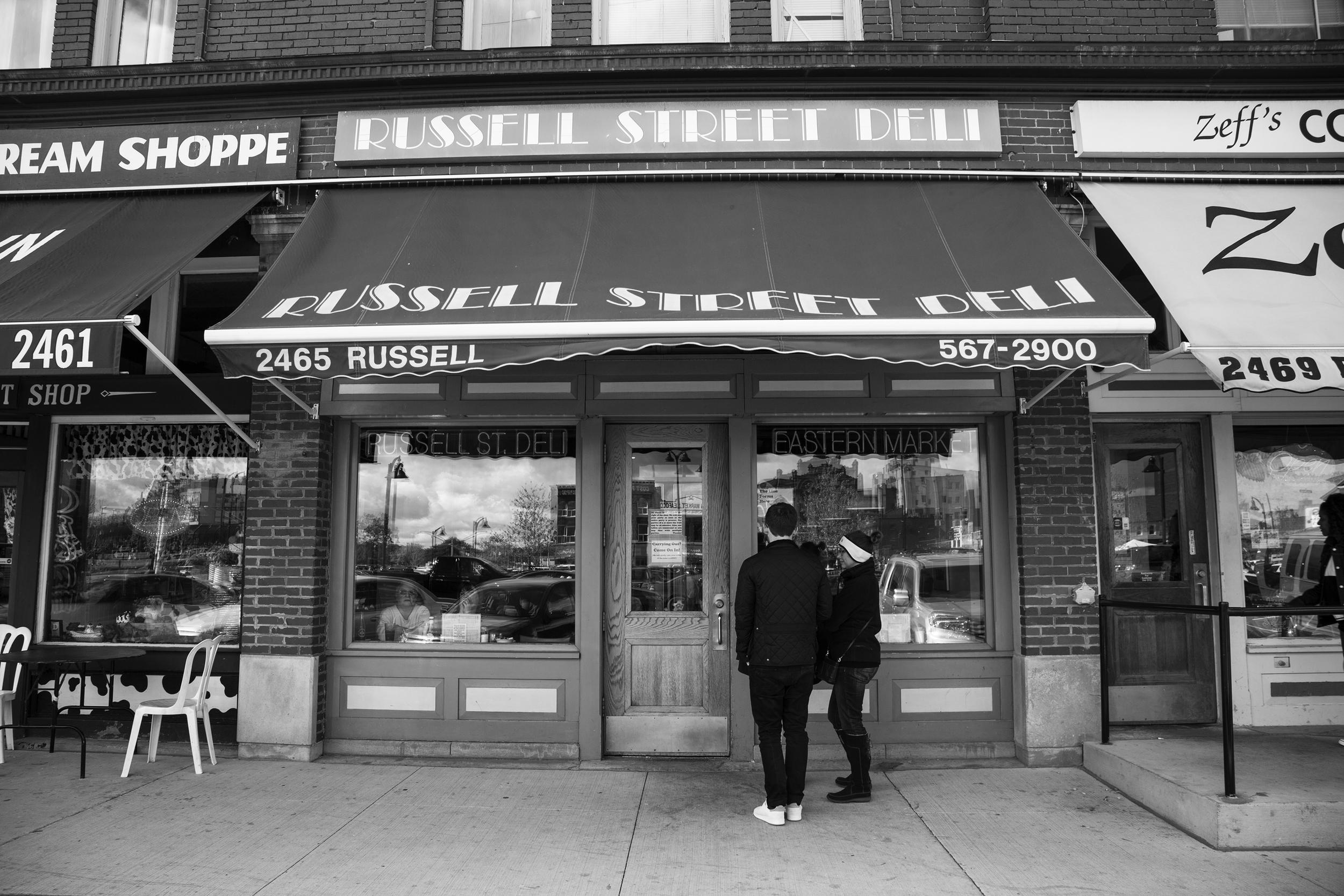 Stevie Soul PPL Watching Eastern Market-11.jpg