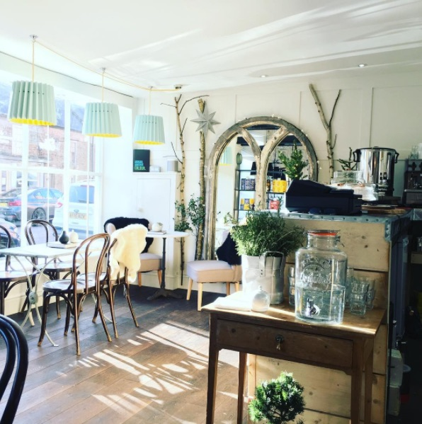 Lane Twin Tone Lampshades in Fika Cafe