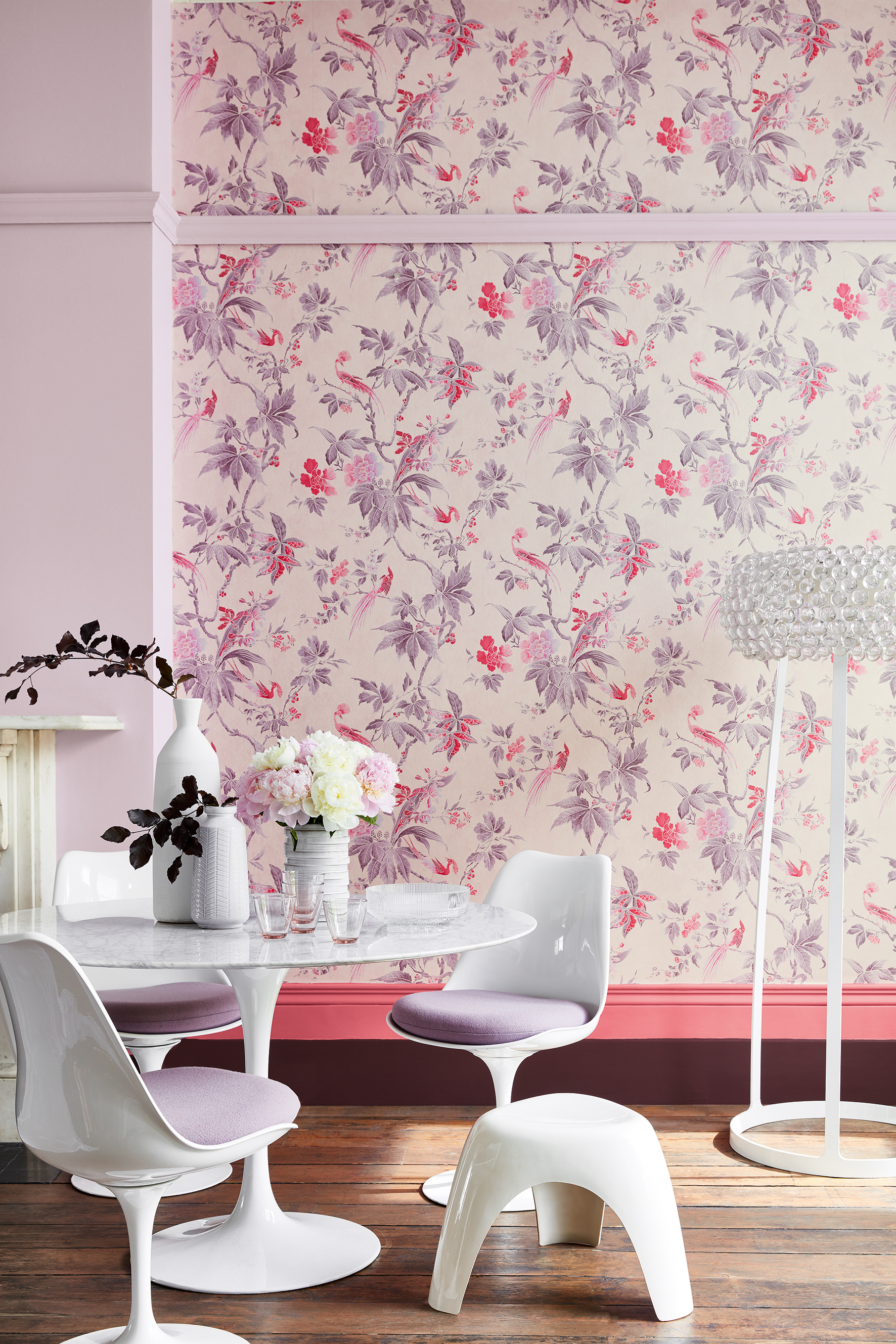 'Paradise - Pink' wallpaper, Hortense 266 paint, Carmine 189 paint, Cordoba 277 paint. Image courtesy of Little Greene.