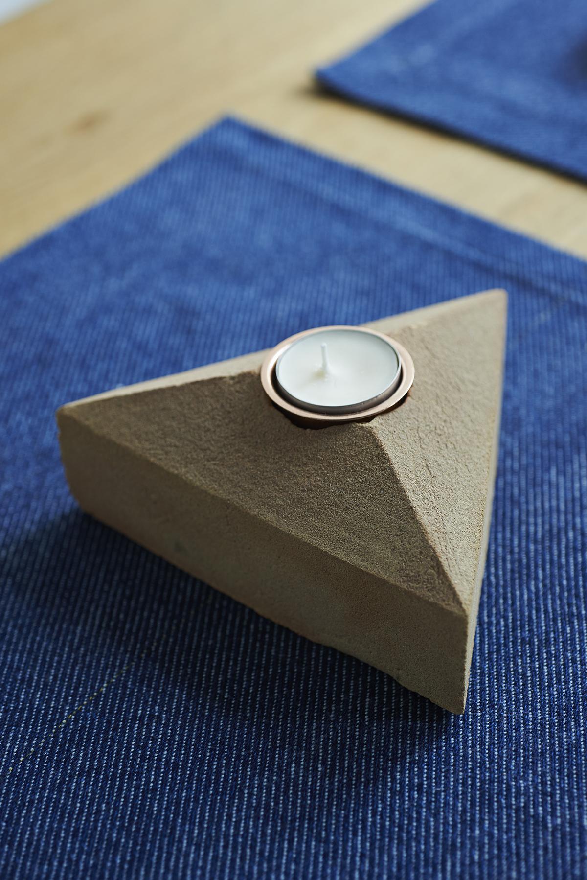 Lane Sand Cast Brick Tealight Holder and London Cloth Cotton Placemats 1 LR.jpg