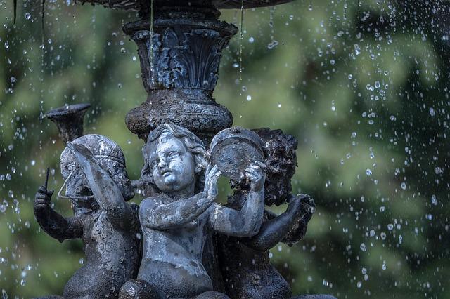 fountain-675488_640.jpg
