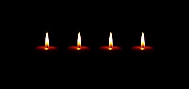 candles-2883940_640.jpg