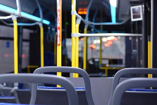 bus-1263266_640.jpg