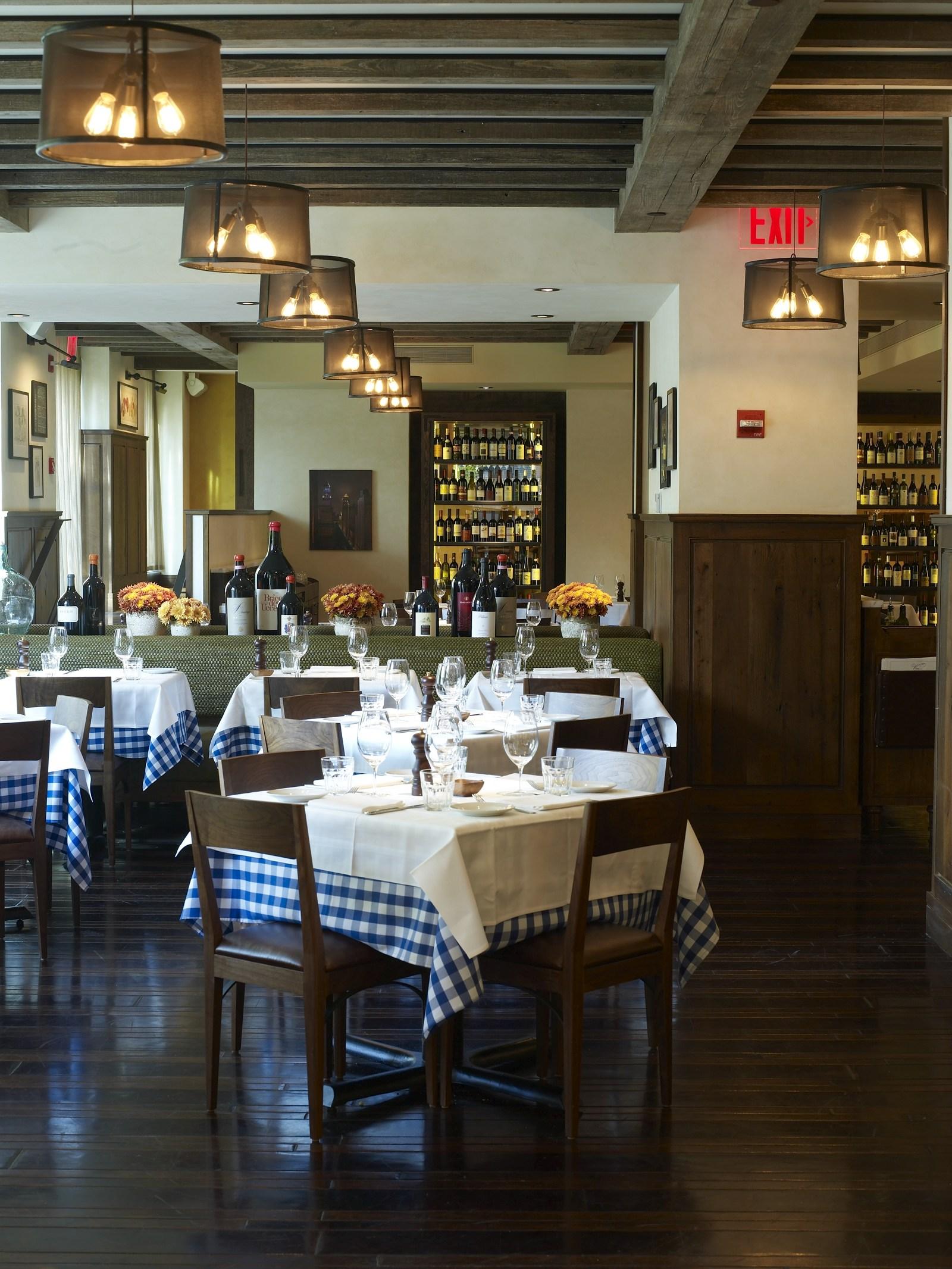 20091117_Maialino_Dining Room _019448.jpg