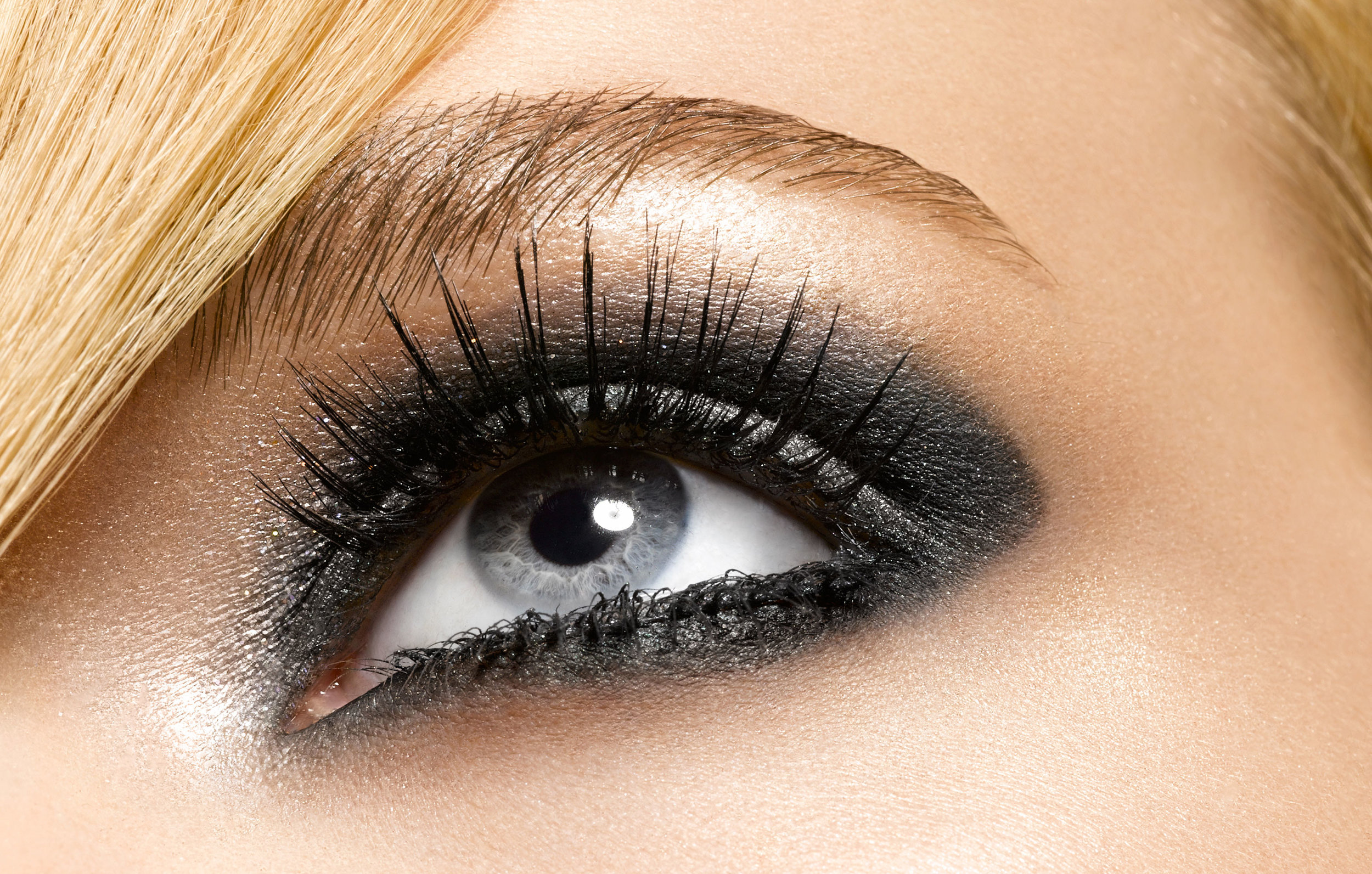 Black_Eyeliner-3139x2000.jpg