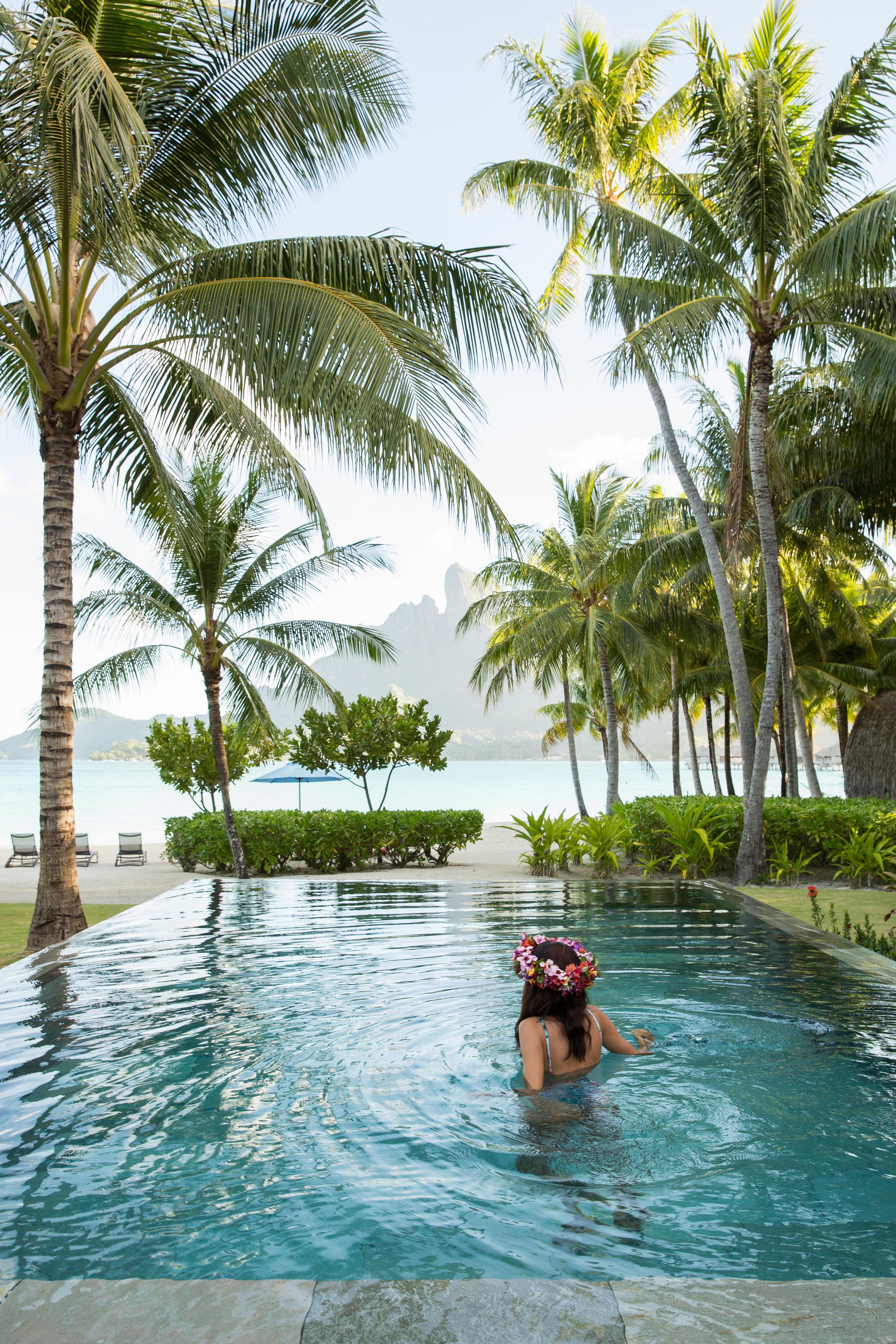 NatashaLee-Tahiti-Hemispheres-9956.jpg