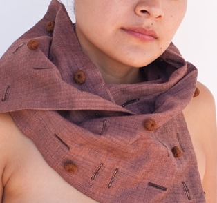 button and button-hole scarf