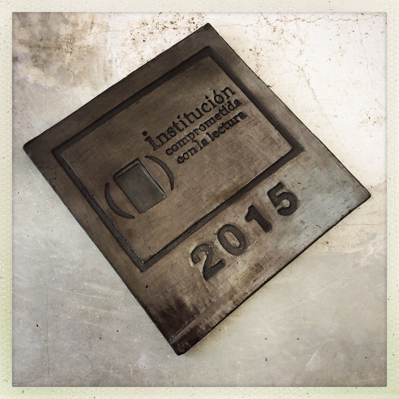 Distintivo Feria del Libro de Oaxaca 2015- Barro negro