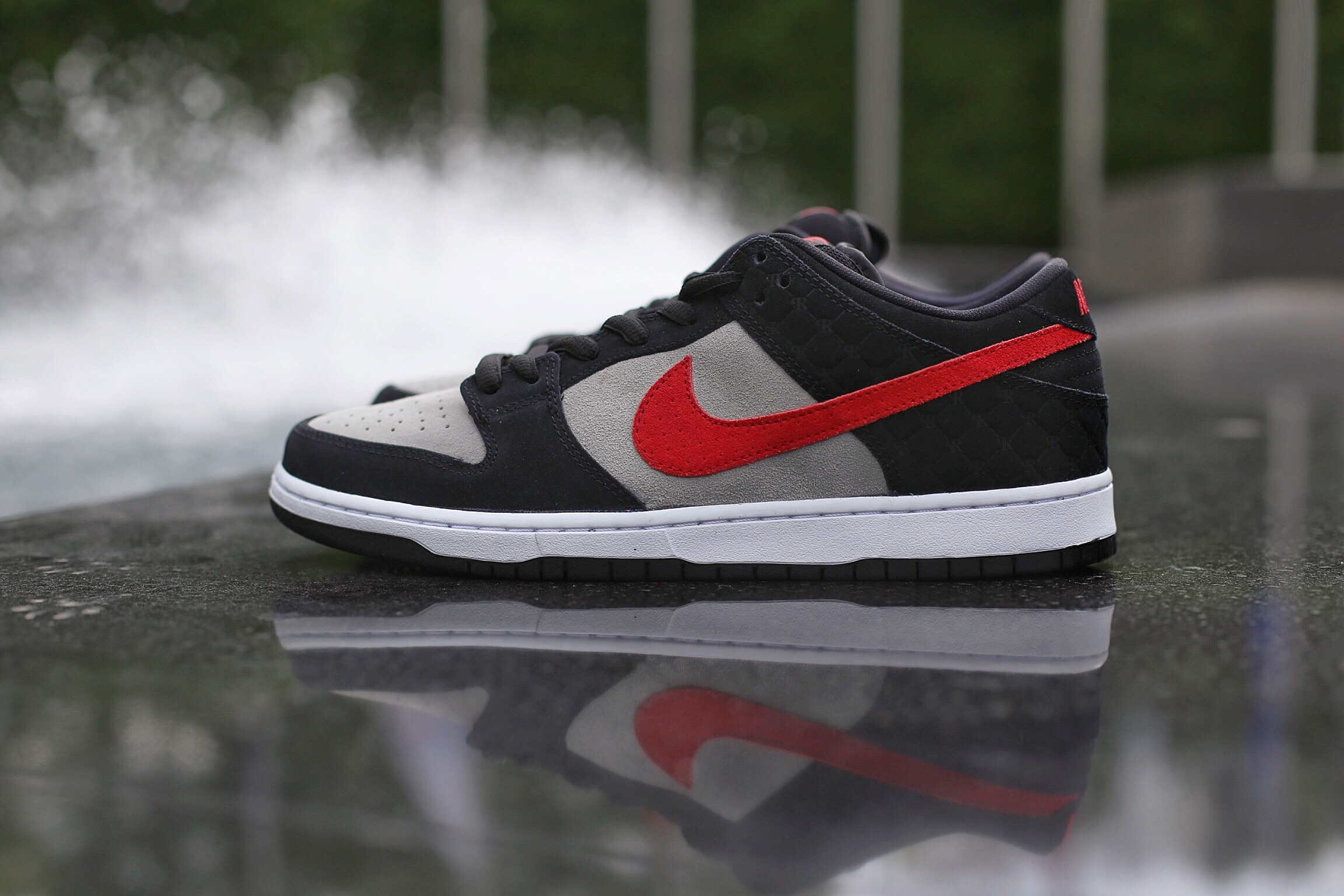 The Primitive Shoes x Nike SB Dunk Low released last saturday, June 20th in limited quantities, with a retail price of $110.
