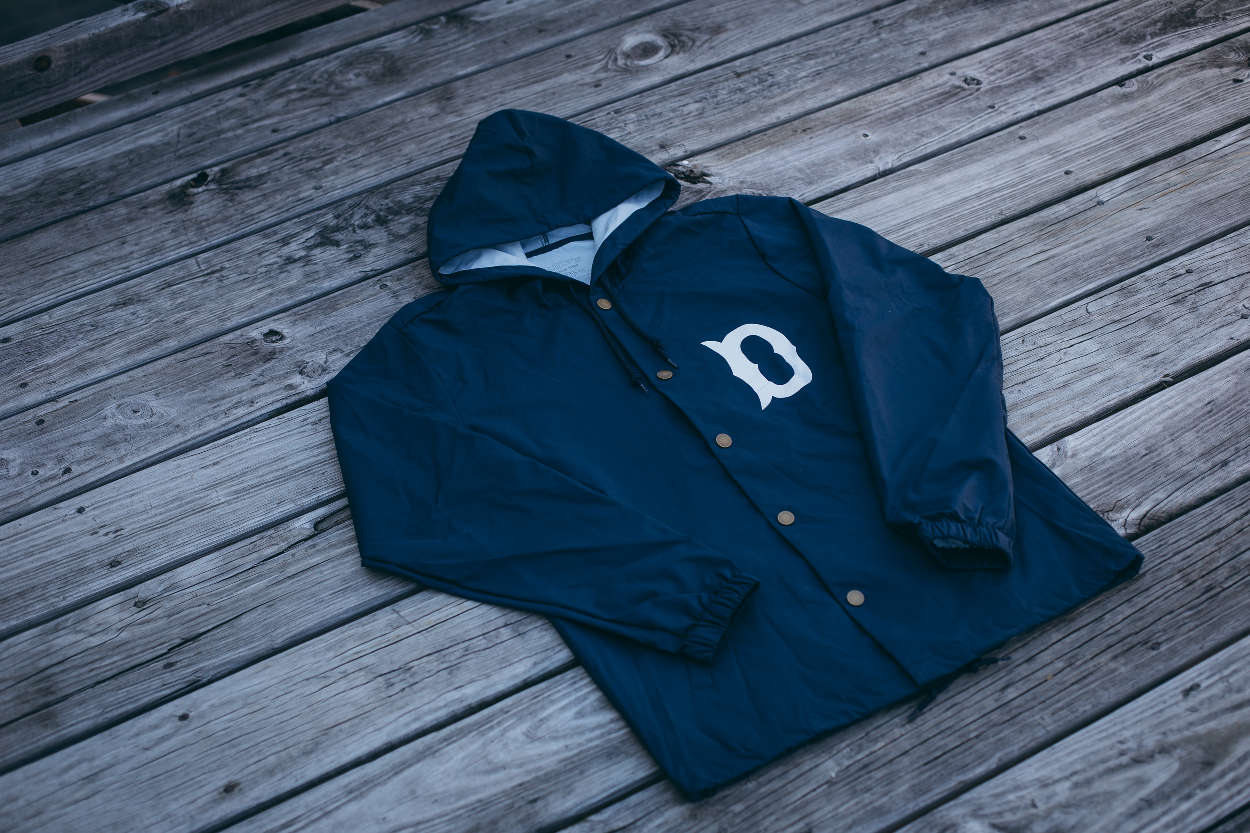 Navy/White Front