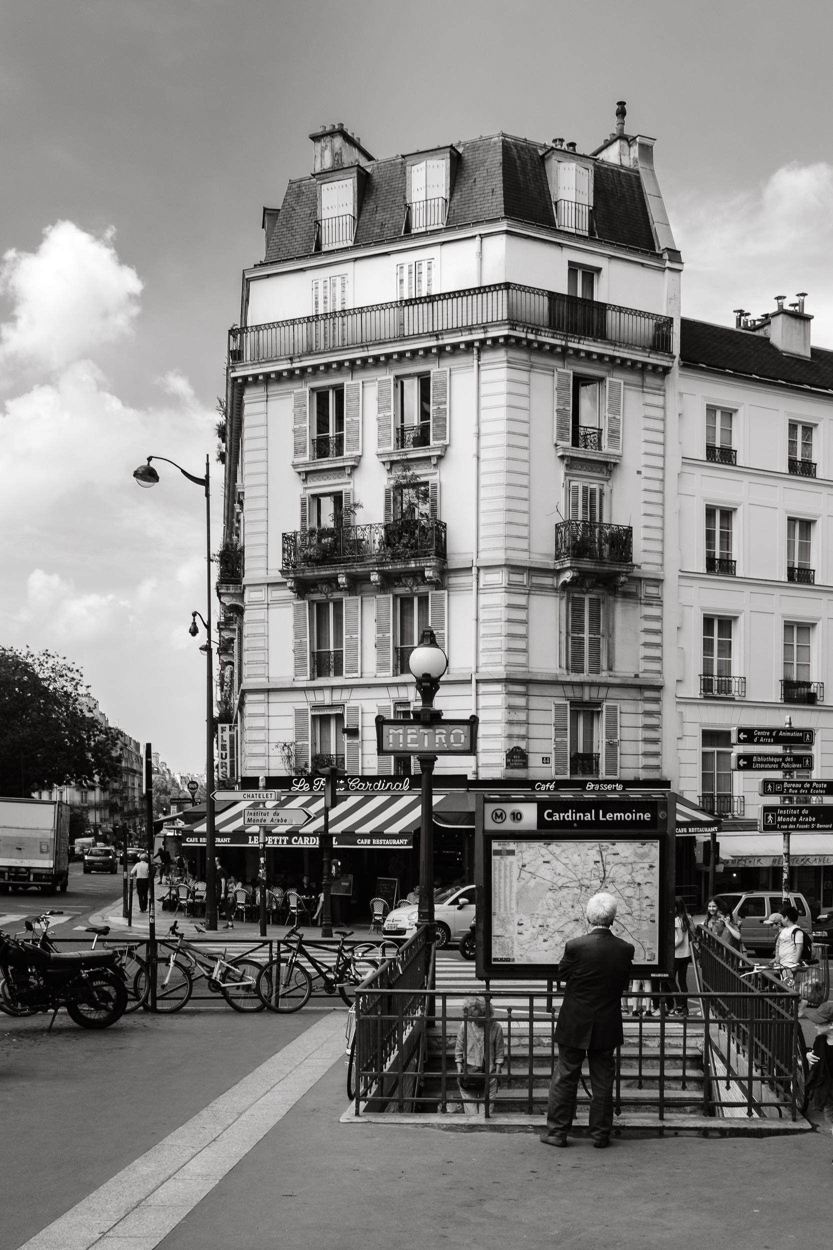 Find the way, Paris