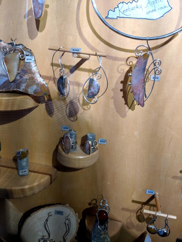 Kentucky Agate Pieces by Savané Silver