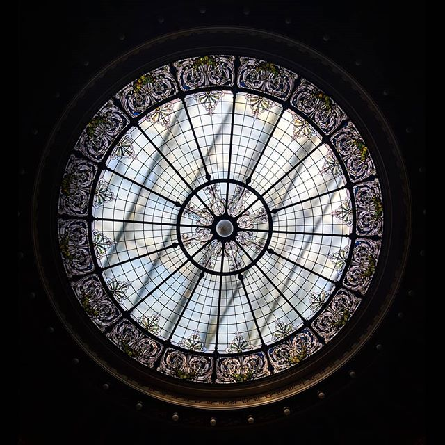 Views from the #Wisconsin State Capitol. #skylight . . . . #visitmadison #discoverwisconsin #travelWI #madisonwi @travelwisconsin @visitmadison #midwestmoment #citytocity #travelmore #todaystreasures #wisconsinstatecapitol