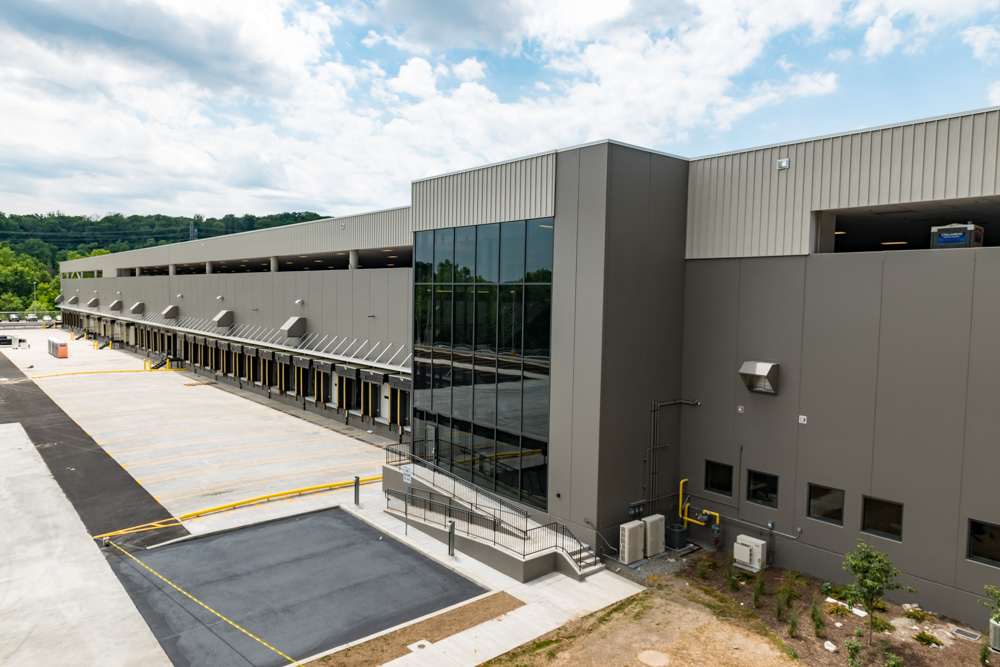 Distribution-center-FedEx-Elmsford-NY-March-Associates-Construction-4.jpg