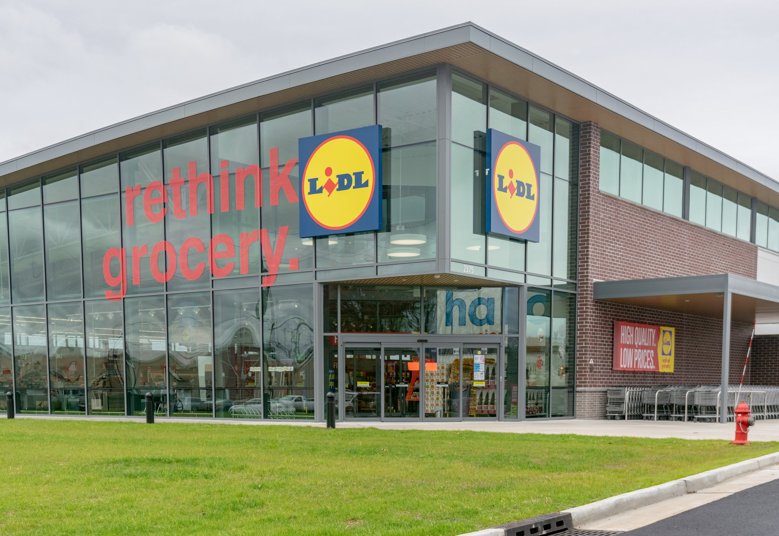 LIDL Supermarket in Union Exterior Building