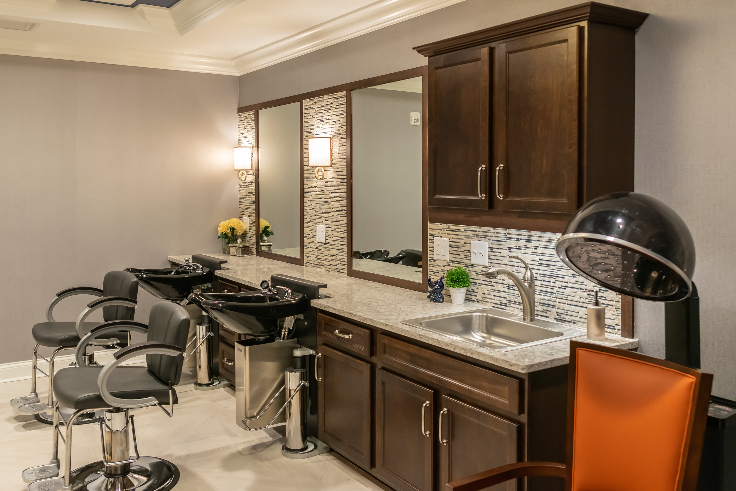 Salon. The Chelsea Senior Living Facility Built by March Associates Construction. We build luxury residential buildings.