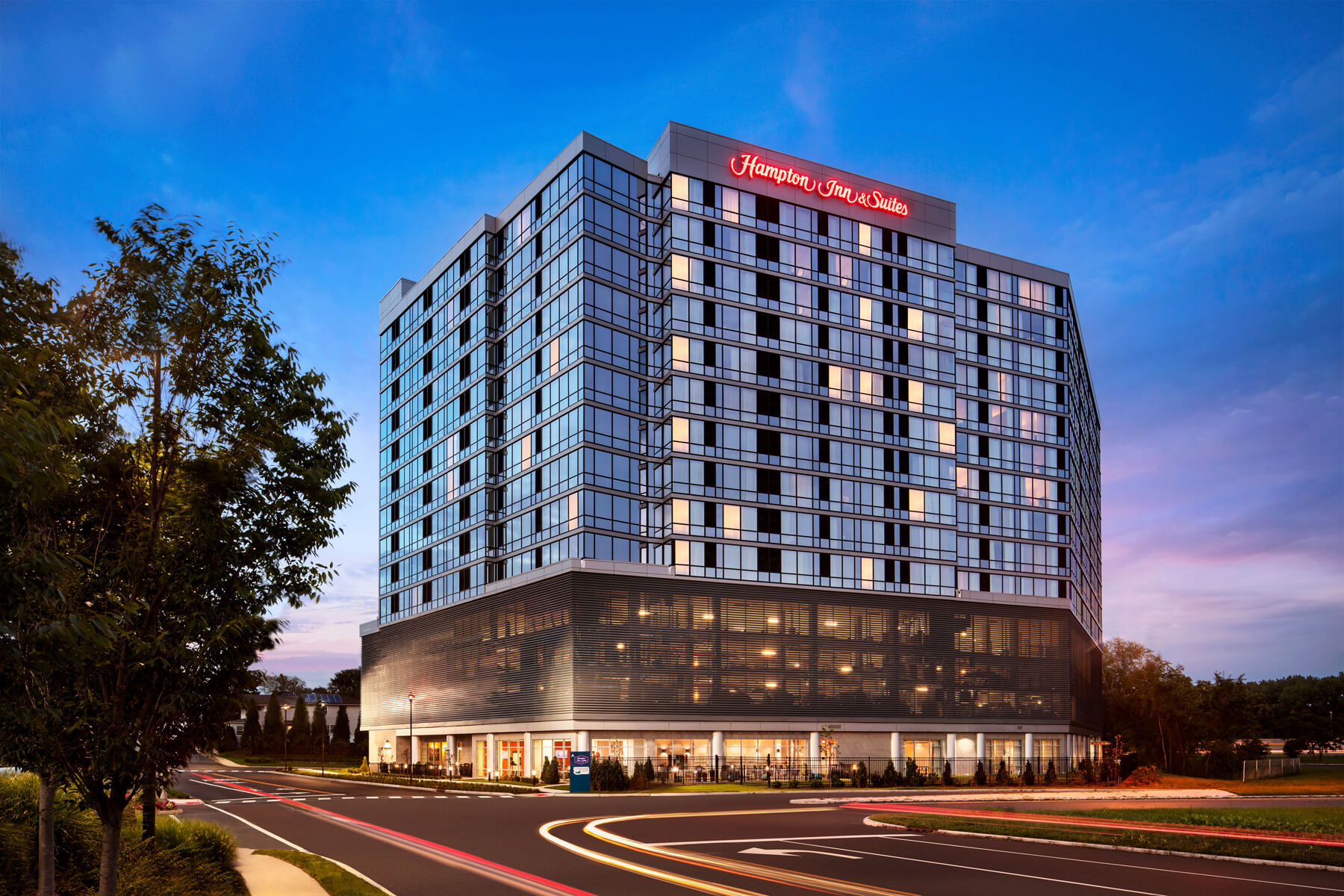 Hampton Inn & Suites / Homwood Suites by Hilton Dual Brand Hotel