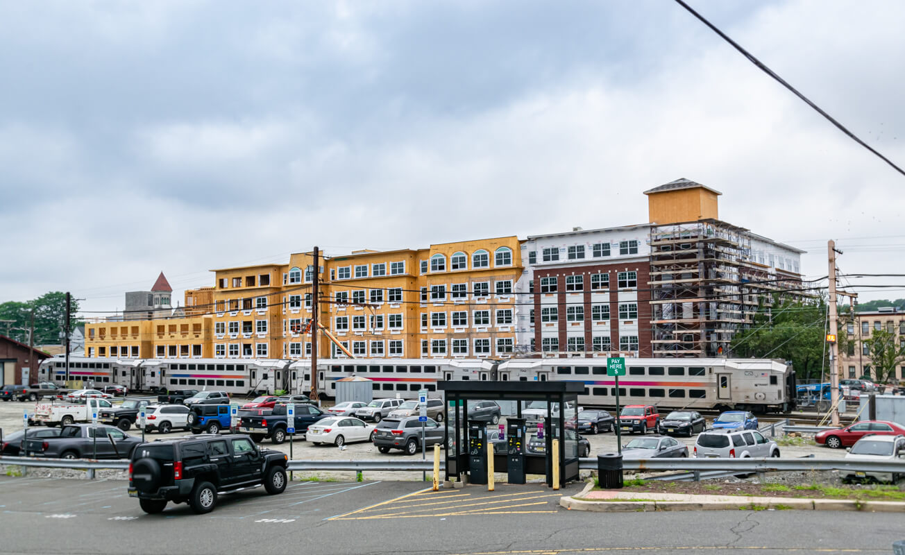Apartments Project in Transit Village, Dover New Jersey Meridia