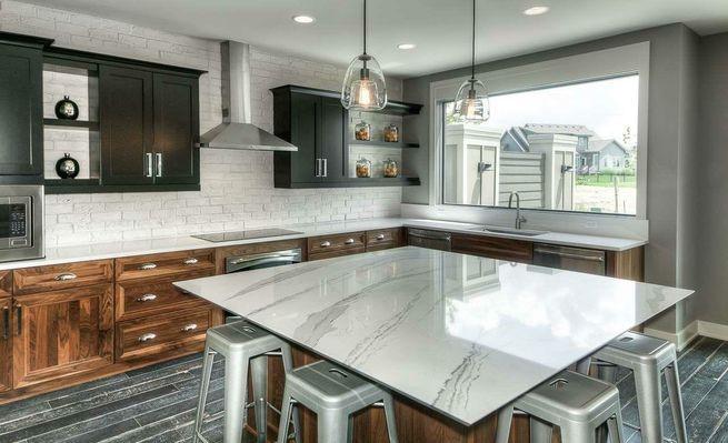 kitchen2cr.jpg
