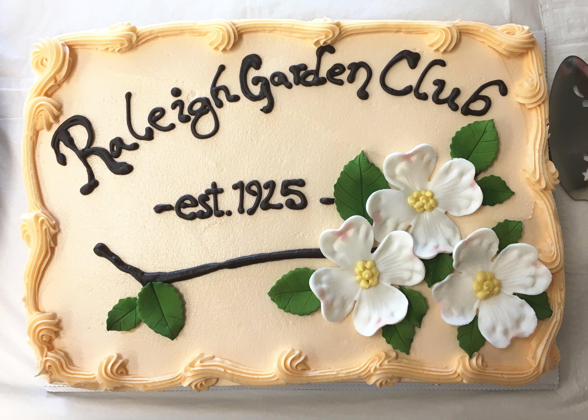 9RGC Logo Cake June 2018 copy.jpg