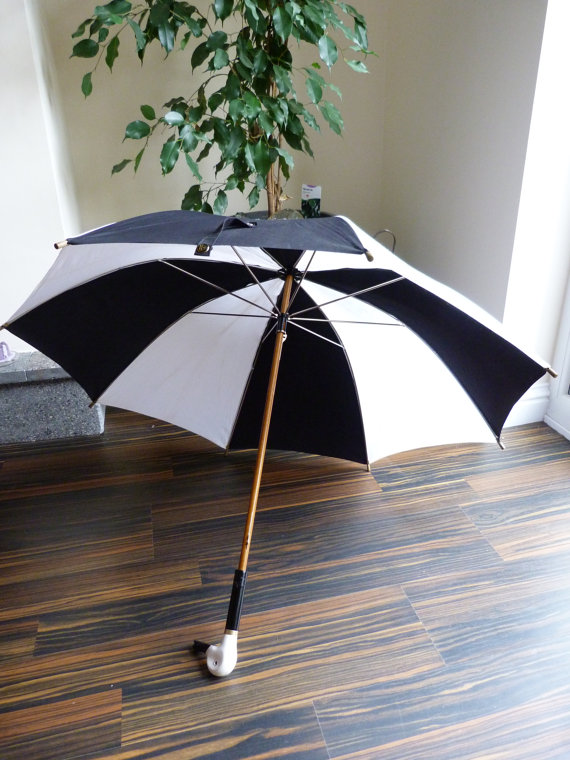 Fulton Black and White Umbrella | Swag UK | Keeper & Co. Blog