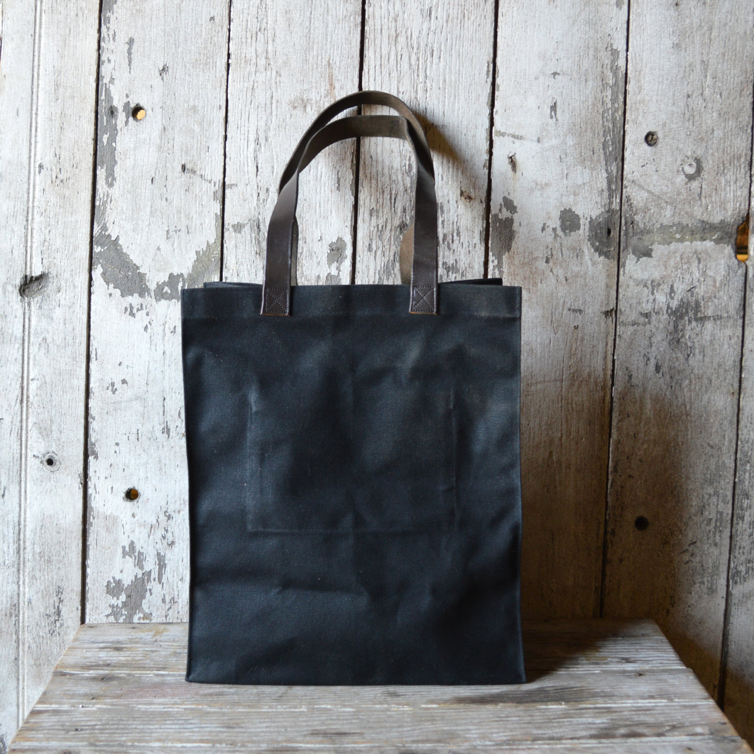 The Marlowe Carryall in Coal by Peg & Awl | 6 Eco-Friendly Tote bags | Keeper & Co.