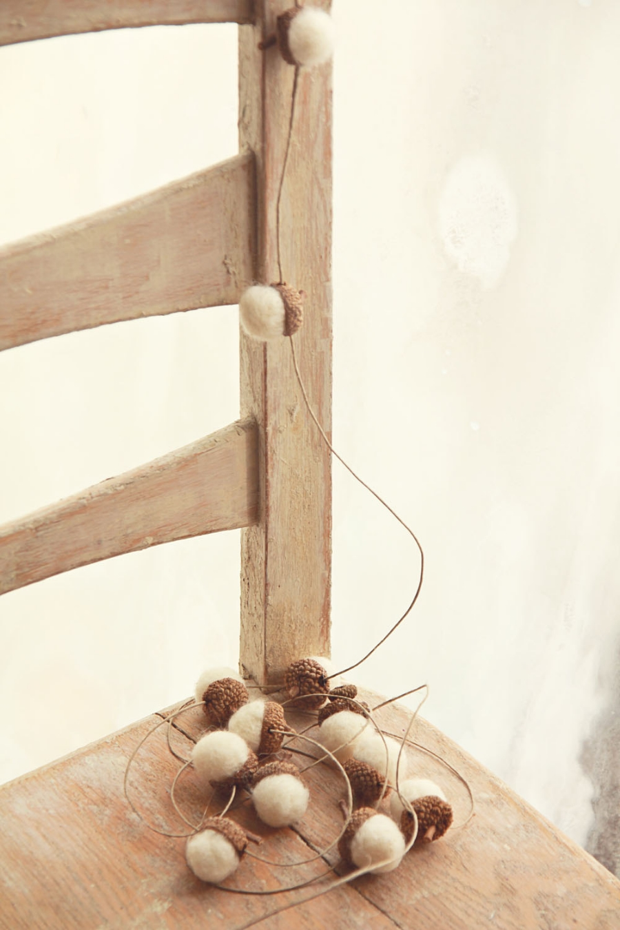 Wool and Acorn Garland made in Missouri  | Ideas for a Simple & Sustainable Christmas Tree | Keeper & Co. Blog