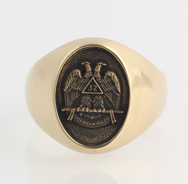 1940s Scottish Rite Freemason Signet Ring |Vintage & Ethical Signet Rings | Keeper & Co. Blog