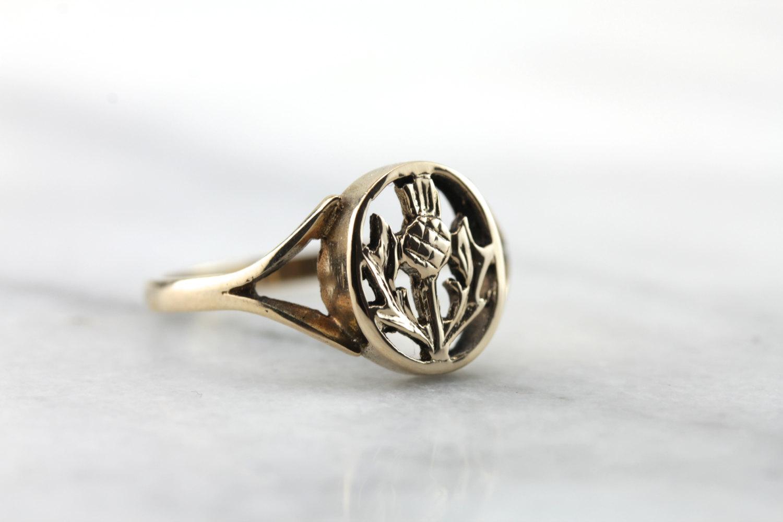 Vintage Scottish Thistle Signet |Vintage & Ethical Signet Rings | Keeper & Co. Blog