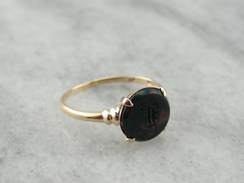 Vintage Refined Bloodstone Signet | Vintage & Ethical Signet Rings | Keeper & Co. Blog