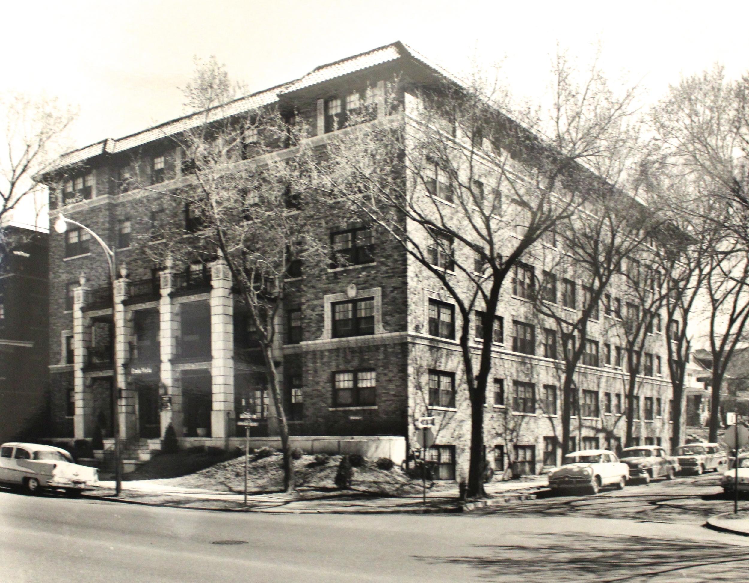 Linda Vista Apartments