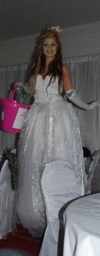 Wedding Stilt Walker Northumberland