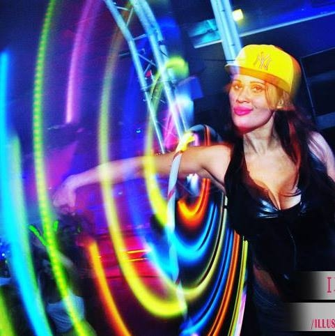 GLow Hula Hooper Penella Bee - Sunderland North East UK.