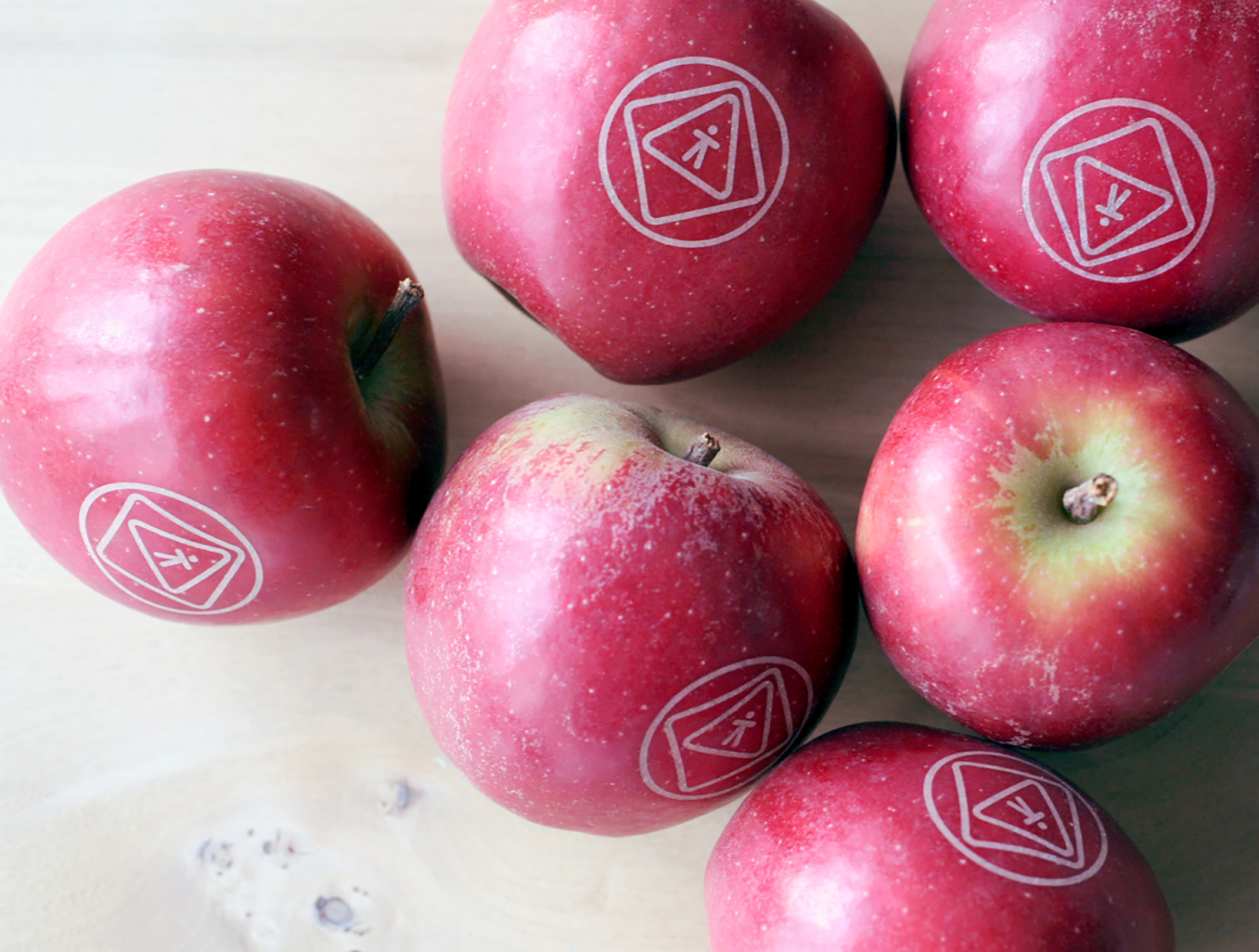 Annette_Jacobs_Safety_and_Health_Logo_on_Apples.jpg
