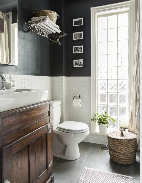 Guest Bathroom For The Holidays