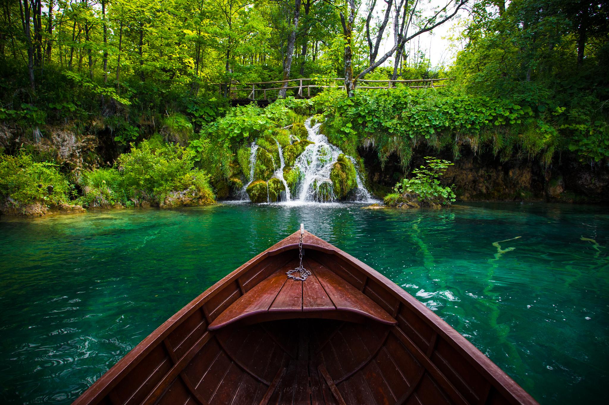 PlitviceBoat.jpg