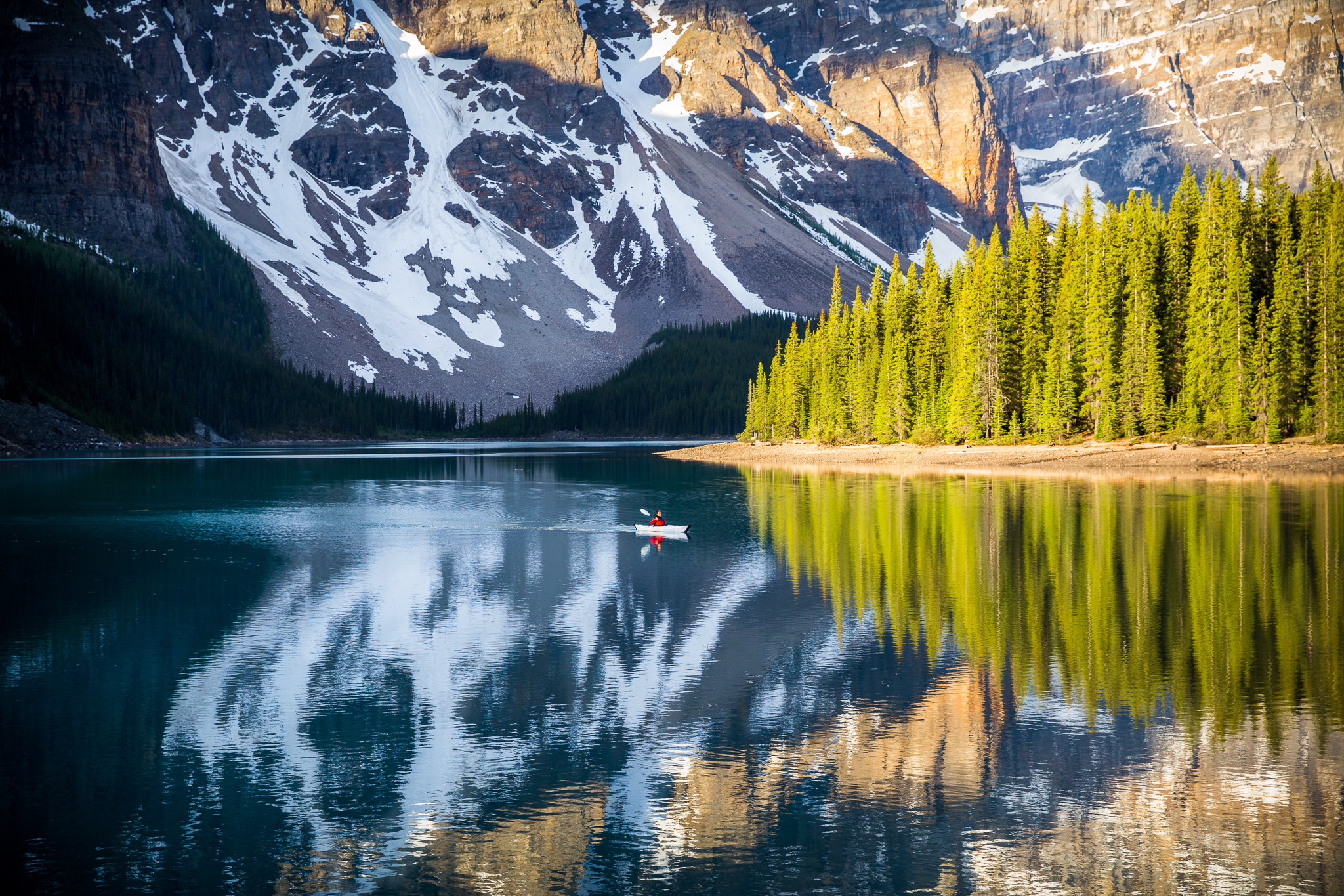 Moraine Lake - @taylormichaelburk copy.jpg