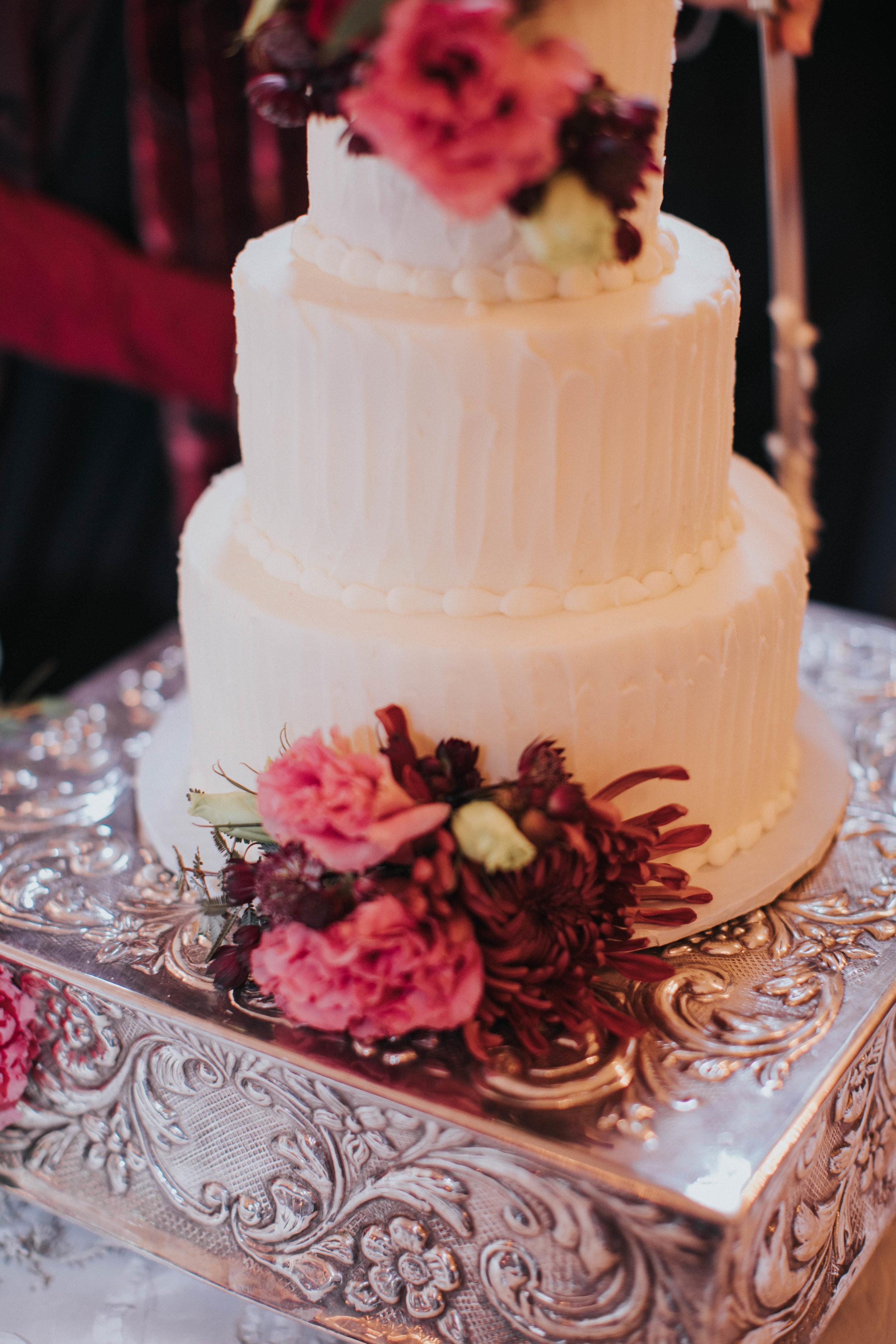 Charis_Lauren_Romantic_Wedding_Photographer_Nashville_03A1585.jpg