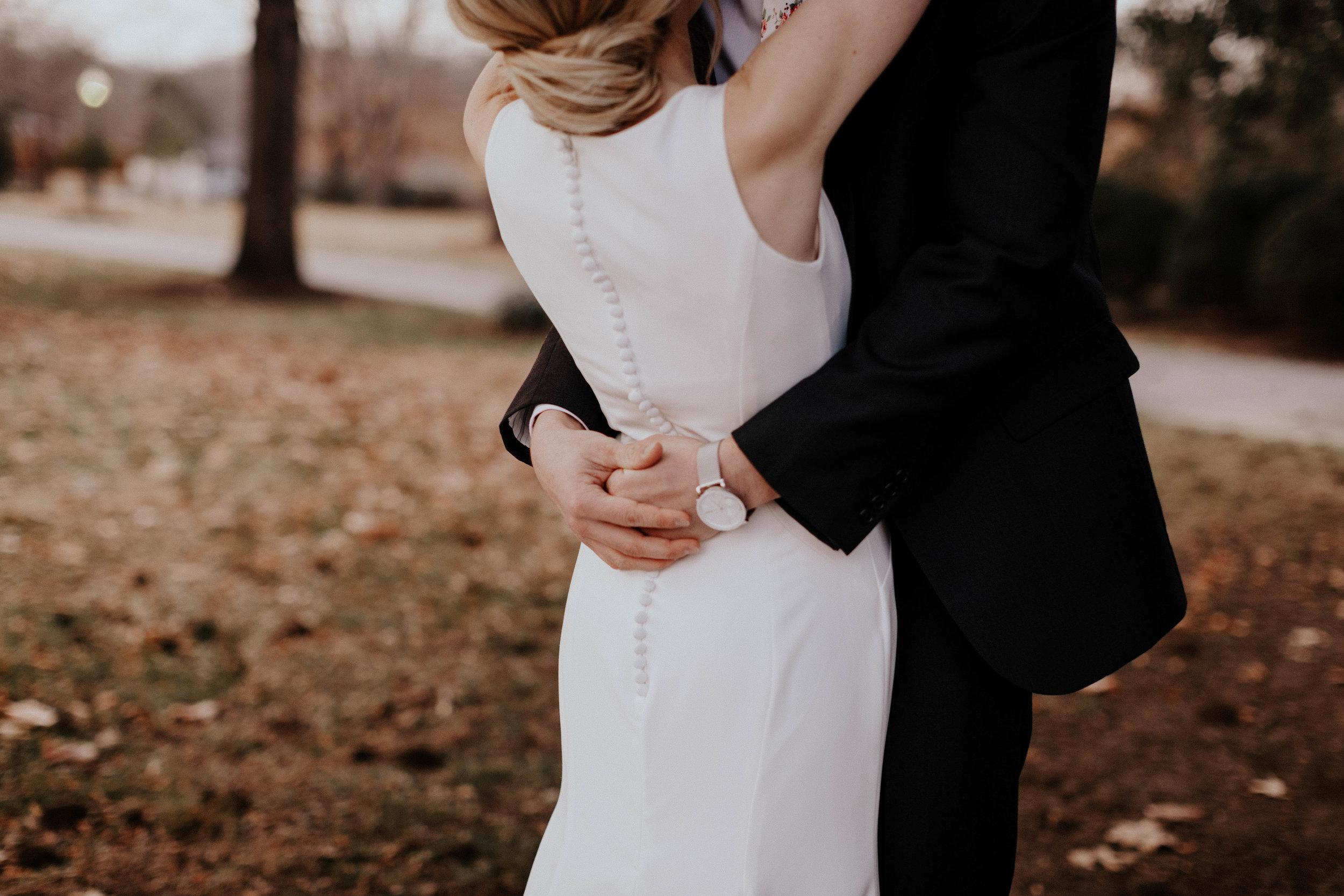 Charis_Lauren_Romantic_Wedding_Photographer_Nashville_03A1658.jpg