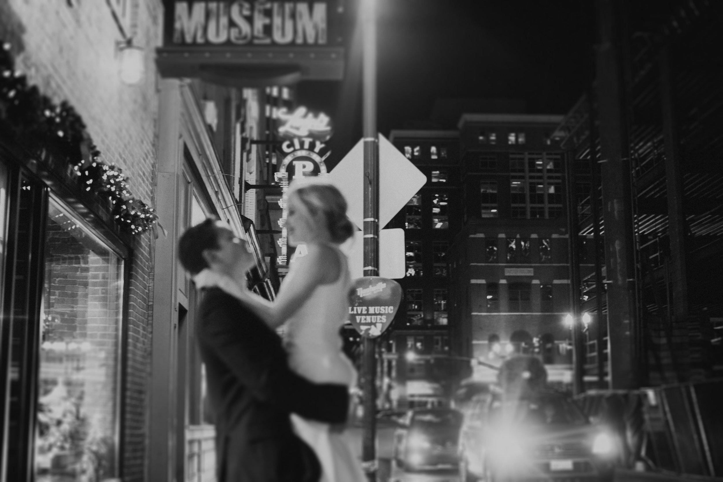 Charis_Lauren_Romantic_Wedding_Photographer_Nashville_03A0086-2.jpg